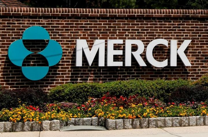airbnb-merck-high-tide-square-what-to-watch-in-the-stock-market-today.jpg