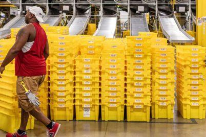 amazon-seeks-to-hire-150000-seasonal-u-s-workers.jpg