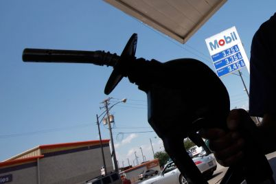american-petroleum-institute-endorses-carbon-pricing-as-industry-faces-pressure-on-curbing-emissions.jpg