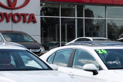 automakers-report-2q-vehicle-sales-today-heres-what-investors-should-expect-scaled.jpg