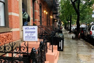 big-drop-in-manhattan-apartment-prices-begins-to-lure-back-younger-renters.jpg