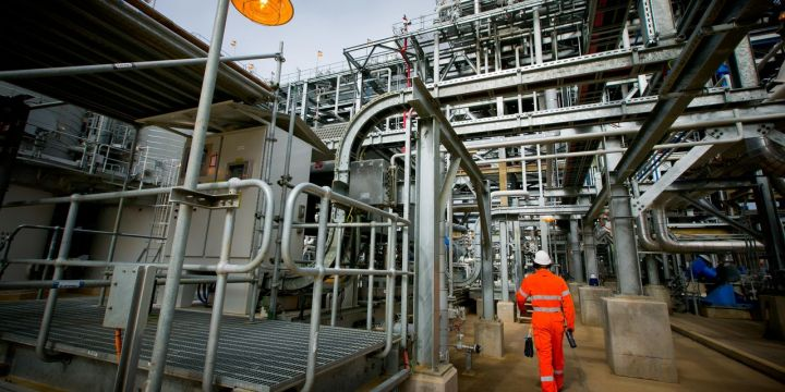 big-energy-companies-new-pitch-carbon-neutral-oil-and-gas.jpg