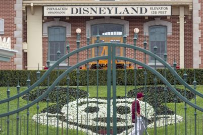 california-theme-parks-could-seek-legal-action-to-speed-up-reopening-scaled.jpg