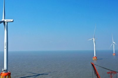 china-lays-down-another-marker-in-the-offshore-wind-sector-accounting-for-half-of-last-years-installations-scaled.jpg