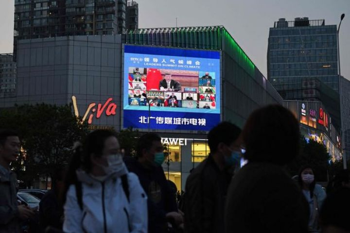chinas-economic-officials-temper-climate-efforts.jpg