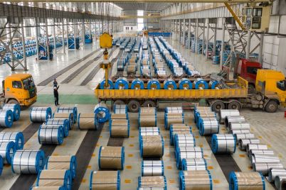 chinese-manufacturers-sidestep-trade-barriers-by-buying-factories-overseas.jpg