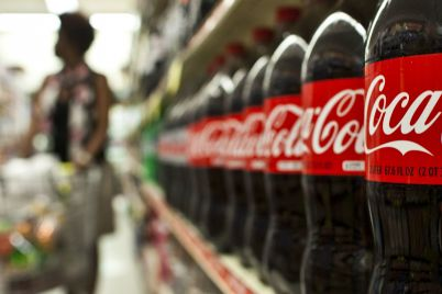coca-cola-earnings-fall-33-but-company-sees-improving-demand-as-lockdowns-ease-scaled.jpg
