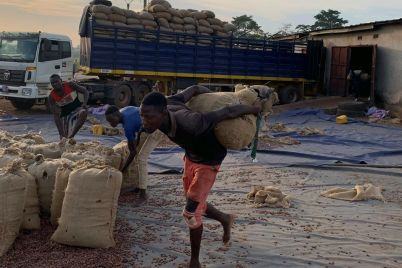 cocoa-farmers-buyers-tussle-over-prices.jpg