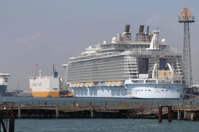 cruise-industrys-fate-hinges-on-which-way-u-s-election-blows.jpg