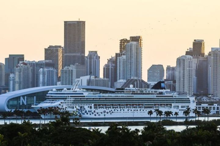 cruise-lines-could-start-u-s-sailings-by-mid-july-cdc-says.jpg