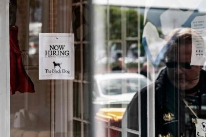 declining-jobless-claims-suggest-hiring-could-pick-up.jpg