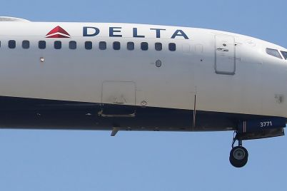 delta-halves-cash-burn-in-the-fourth-quarter-narrows-losses-to-cap-worst-year-ever-scaled.jpg