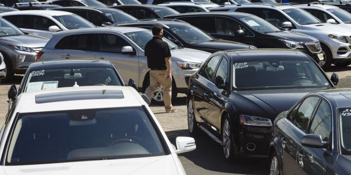 derbys-take-surging-prices-for-used-cars-may-cast-long-shadow-on-inflation.jpg