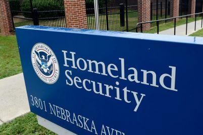 dhs-to-suspend-fingerprint-demand-for-spouses-of-h-1b-visa-holders.jpg