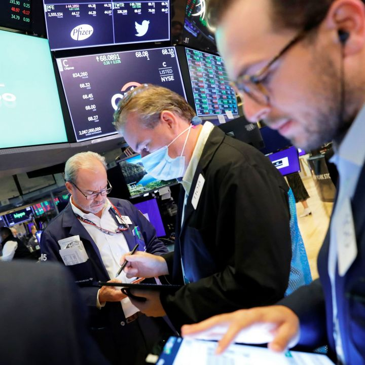 dow-futures-are-flat-as-markets-try-to-shake-the-september-doldrums-scaled.jpg