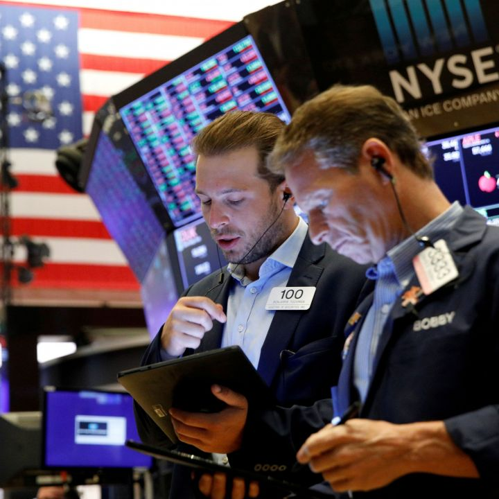 dow-futures-jump-300-points-on-better-than-expected-earnings-from-bank-of-america-others-scaled.jpg