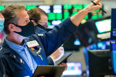 dow-futures-rise-150-points-after-record-day-on-wall-street-scaled.jpg