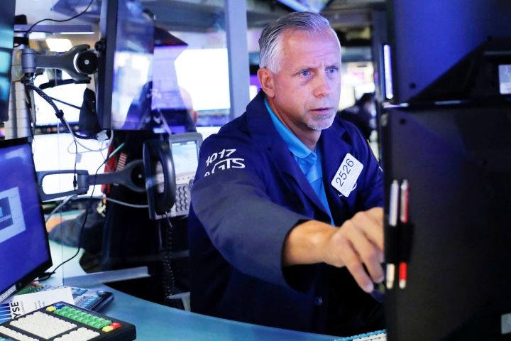 dow-futures-rise-150-points-as-market-gets-set-to-close-out-a-losing-month.jpg
