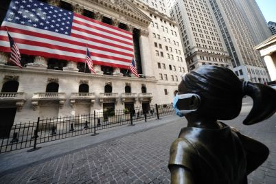 dow-jumps-200-points-as-apple-and-microsoft-lead-tech-gains.jpg