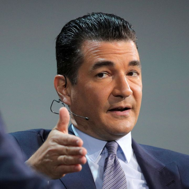 dr-scott-gottlieb-says-nothing-is-going-to-stop-families-from-gathering-for-holidays-scaled.jpg