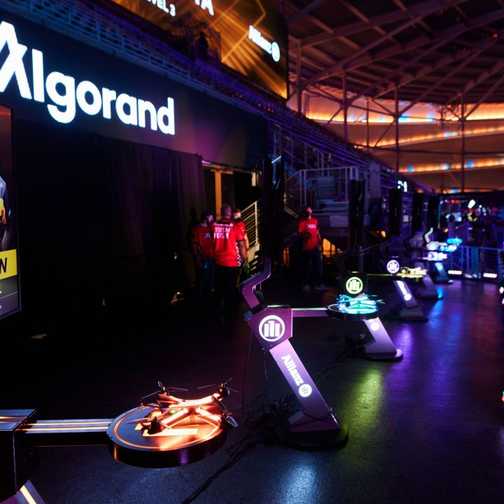 drone-racing-league-lands-100-million-deal-with-crypto-platform-algorand-scaled.jpg