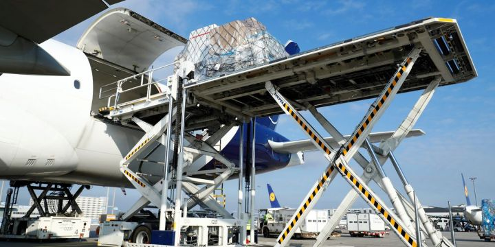 eastern-airlines-pivots-to-cargo-with-plans-for-boeing-777-freighters.jpg