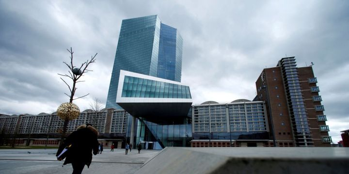 europes-banks-get-a-cash-boost-from-ecb-credit-moves.jpg