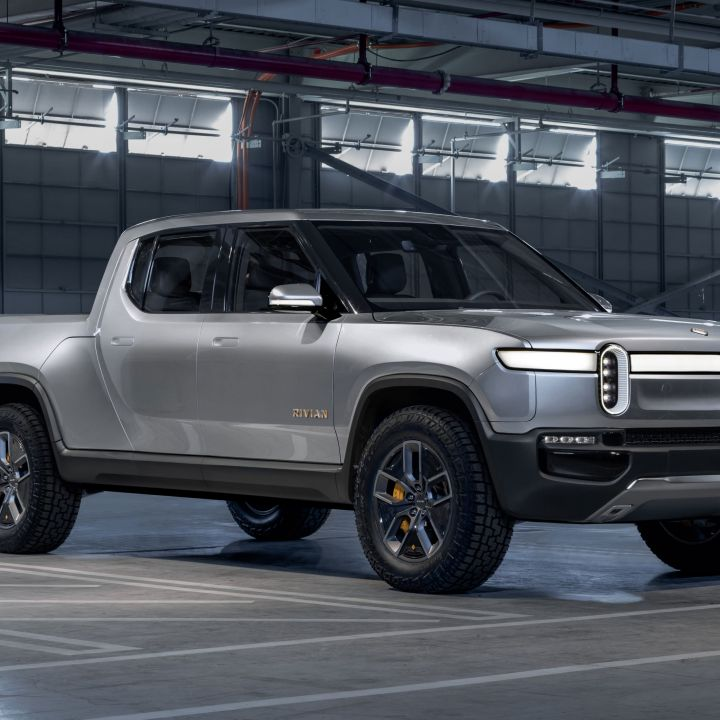 ev-start-up-rivian-beats-tesla-gm-ford-as-first-automaker-to-produce-electric-pickup-scaled.jpg
