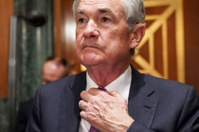 fed-to-ban-policymakers-from-owning-individual-stocks-restrict-trading-following-controversy-scaled.jpg