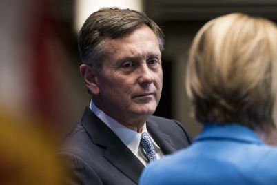 feds-clarida-sees-time-approaching-for-discussion-on-cutting-asset-purchases.jpg