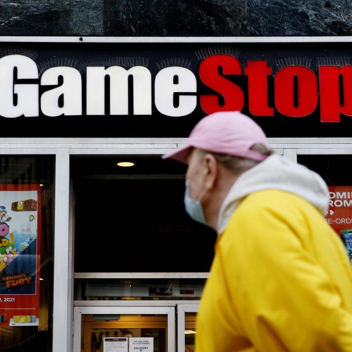 gamestop-names-former-amazon-execs-matt-furlong-mike-recupero-as-its-new-ceo-cfo-scaled.jpg
