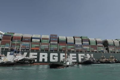 high-tide-in-suez-canal-raises-hopes-of-freeing-cargo-ship.jpg