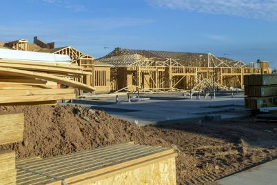 home-builders-are-restricting-sales-pushing-up-new-home-prices.jpg
