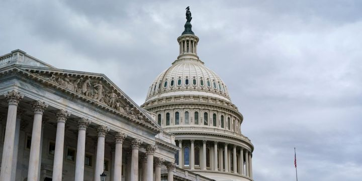 house-approves-extension-of-debt-ceiling-into-december.jpg