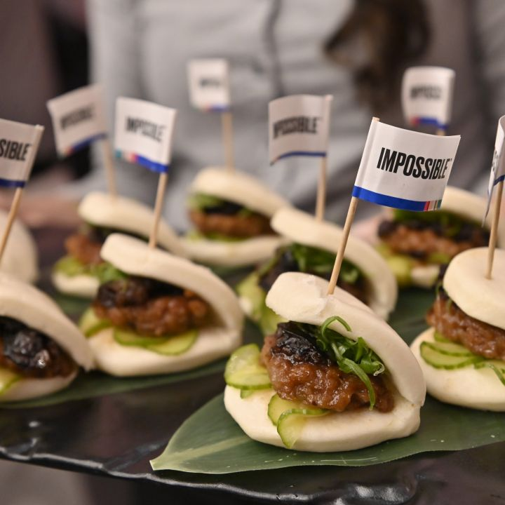 impossible-foods-to-launch-meatless-pork-in-u-s-hong-kong-and-singapore-scaled.jpg
