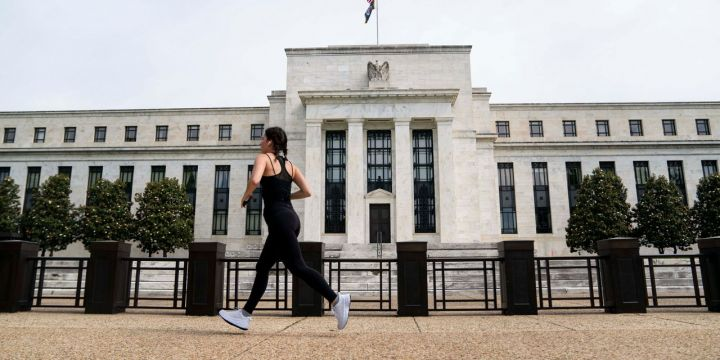 inflation-rate-climb-adds-impetus-to-fed-policy-shift.jpg