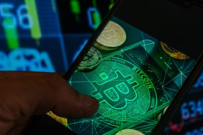 many-cryptocurrency-firms-are-not-meeting-money-laundering-rules-uk-watchdog-warns-scaled.jpg