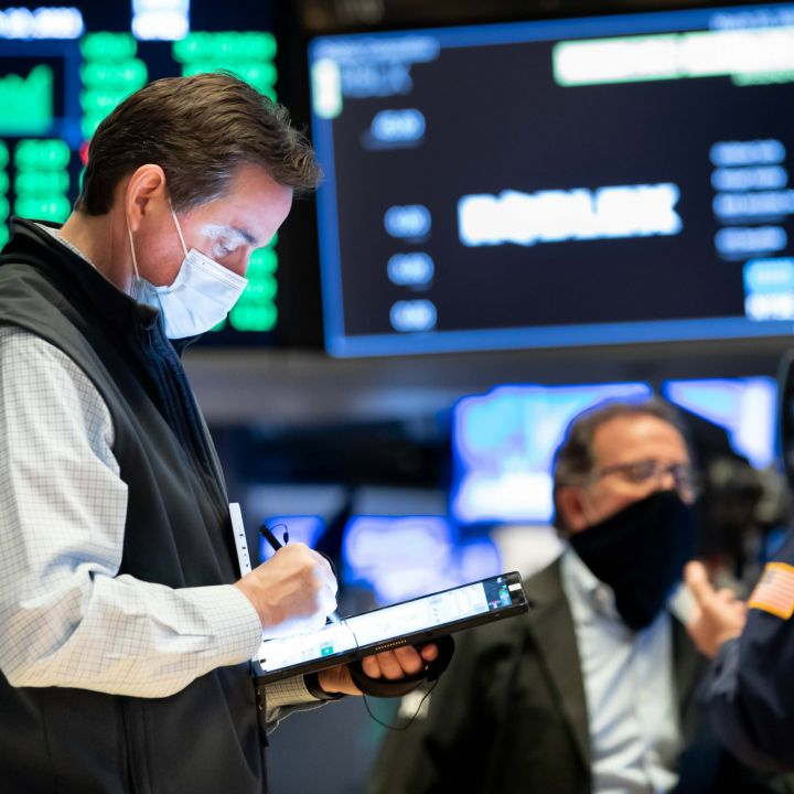 market-stages-a-comeback-rally-before-fed-decision-dow-jumps-350-points-scaled.jpg