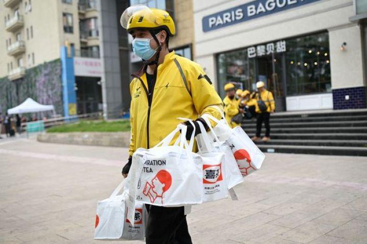 meituans-record-revenue-burns-up-in-groceries.jpg