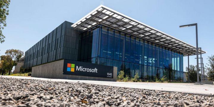 microsoft-plans-60-billion-share-buyback-program-raises-dividend.jpg