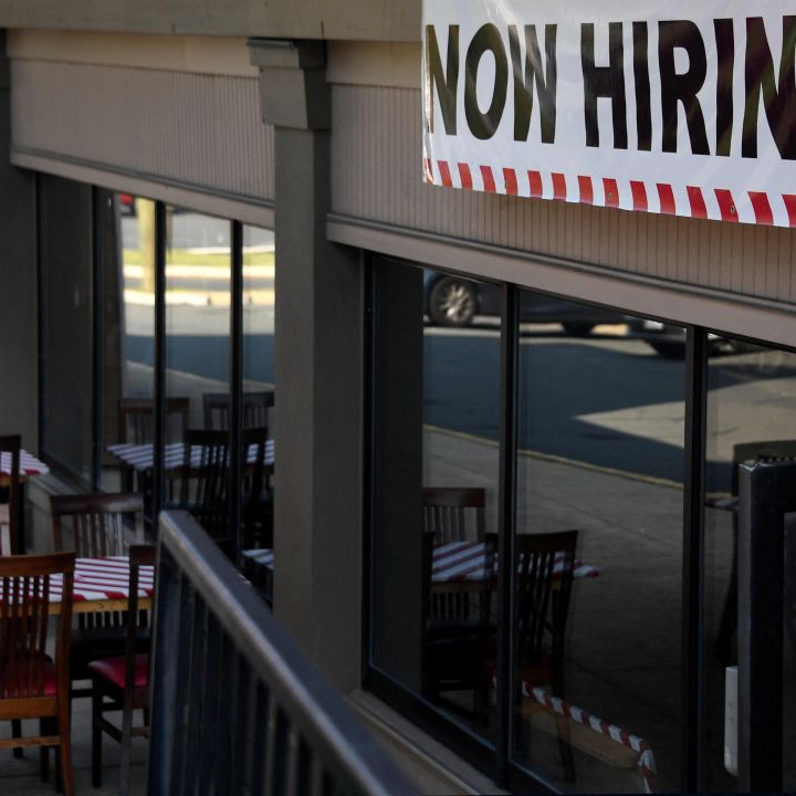 millions-of-americans-will-lose-unemployment-benefits-this-weekend-scaled.jpg