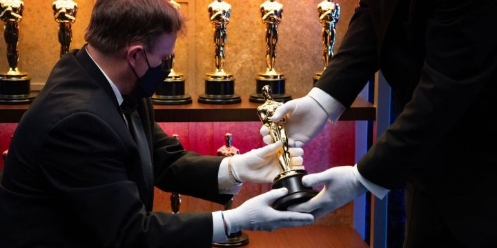 oscars-ratings-plummet-to-new-low.jpg