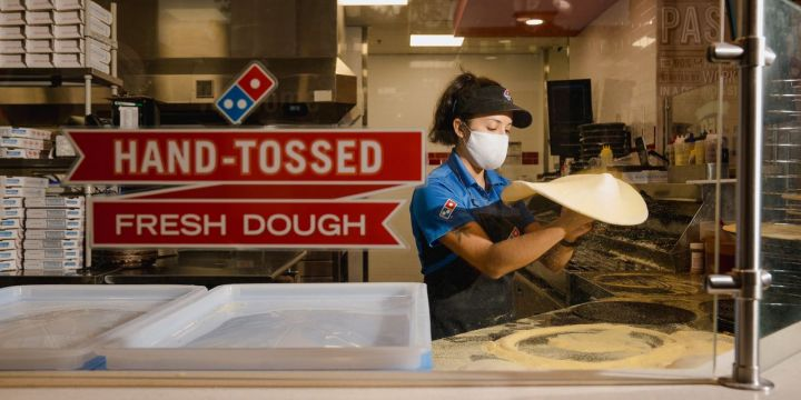 pizza-sales-growth-cools-as-dominos-reports-orders-decline.jpg