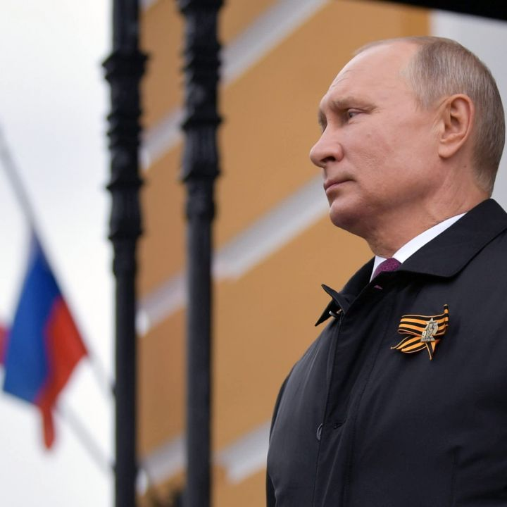 putin-says-russia-wont-make-covid-vaccines-compulsory-but-skepticism-remains-a-problem-scaled.jpg