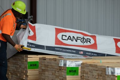 record-lumber-prices-lift-sawmills-as-homeowners-do-it-yourselfers-pay.jpg