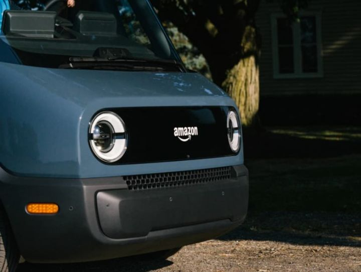 rivian-electric-vehicle-maker-backed-by-amazon-and-ford-files-to-go-public.jpg