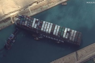 satellite-imagery-shows-work-underway-to-free-ship-ever-given-in-the-suez-canal.jpg
