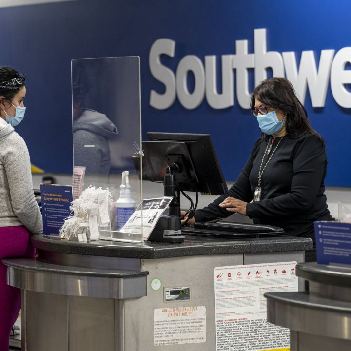 southwest-airlines-rolls-out-new-covid-19-vaccine-incentives-for-staff-scaled.jpg