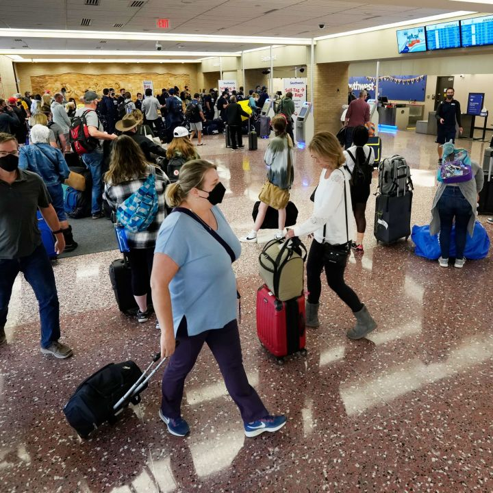 southwest-airlines-shares-tumble-after-mass-flight-cancellations-carrier-weighs-more-cuts-scaled.jpg