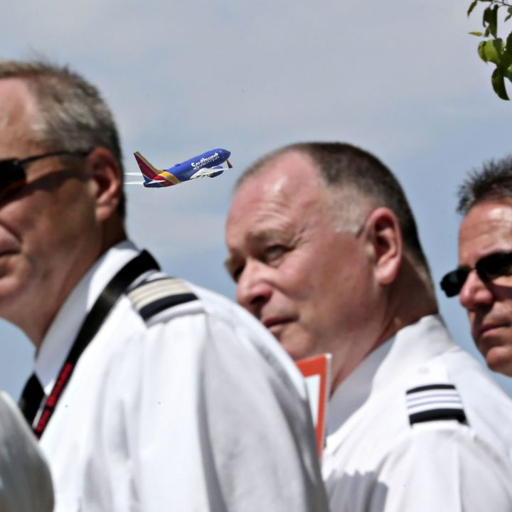 southwest-pilots-union-sues-carrier-over-changes-to-work-rules-during-pandemic-travel-slump-scaled.jpg